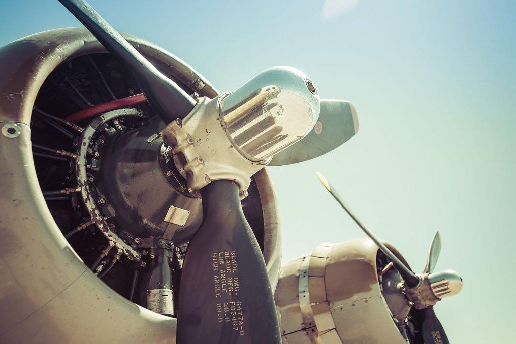 b-17-b-24-0415-073.jpg