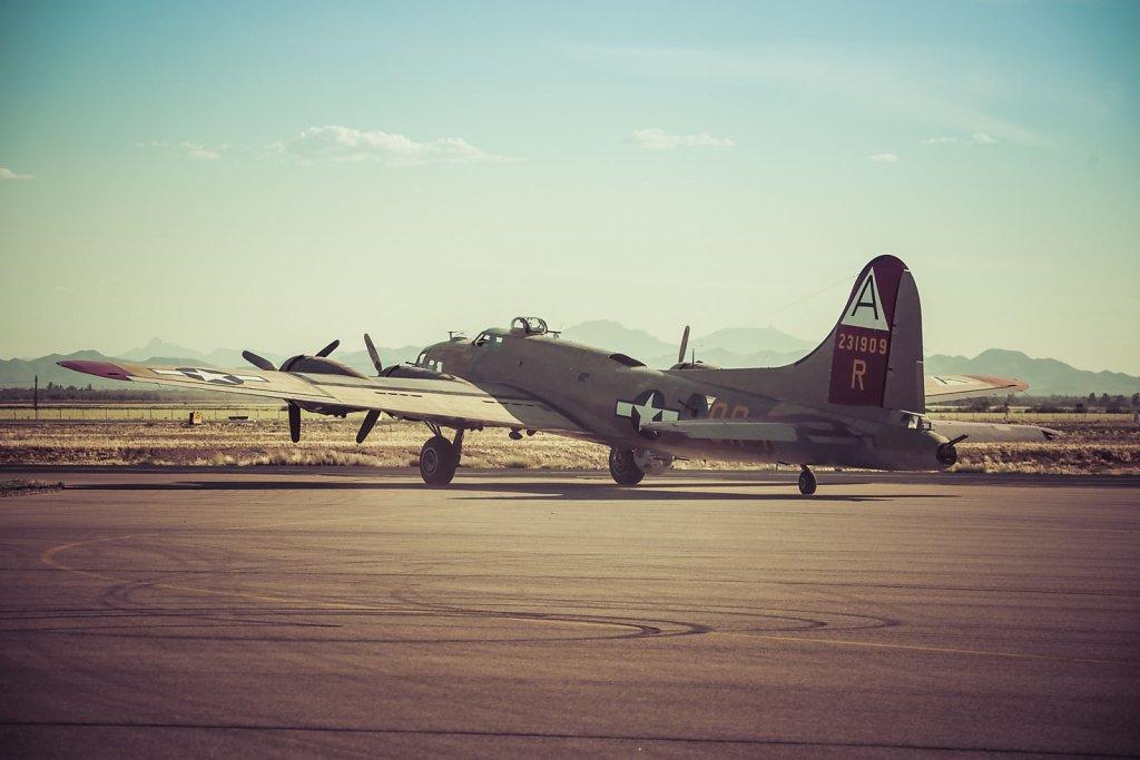 b-17-b-24-0415-231.jpg