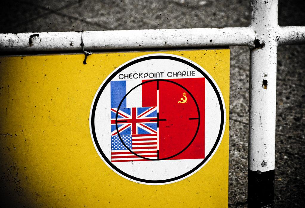checkpoint-charlie.jpg